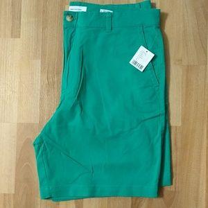 UO Men's Kelly Green Shorts Size 36